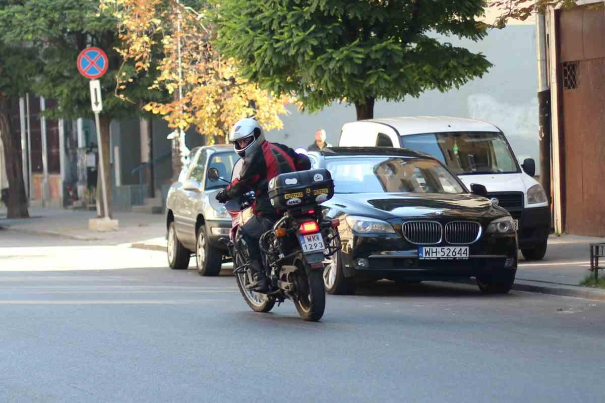 Technika jazdy motocyklem: zawracanie