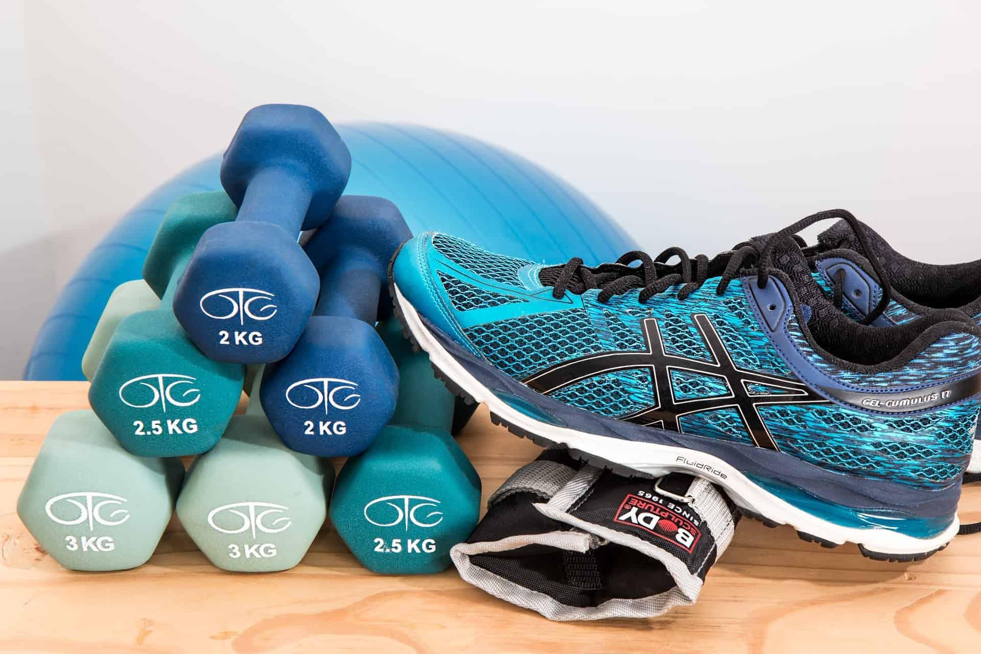 Zestaw ćwiczeń nasiłownię dla biegacza, kolarza itriathlonisty