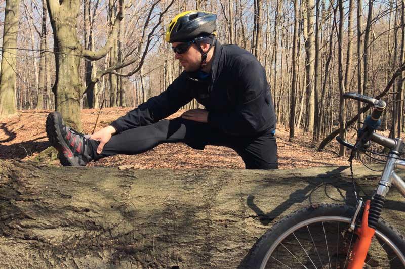 Rozciąganie potreningu rowerowym