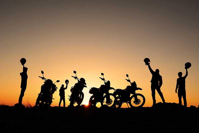 jak zostac motocyklistka grupa motocyklistów