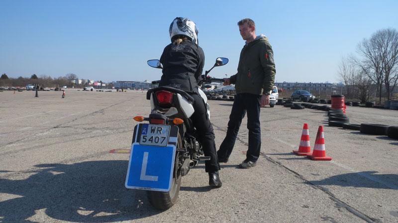 jak zostac motocyklistka szkolenie