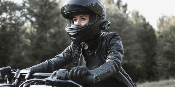 jak zostac motocyklistką kobieta na motocyklu