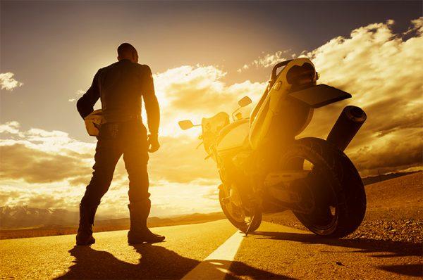 Jazda motocylem w czasie upału